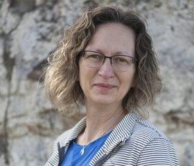 Dr. Cindy Shmon